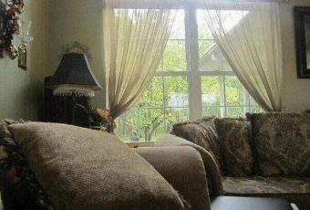 The Creepiest Halloween Picture Ever!!! Can You See It?